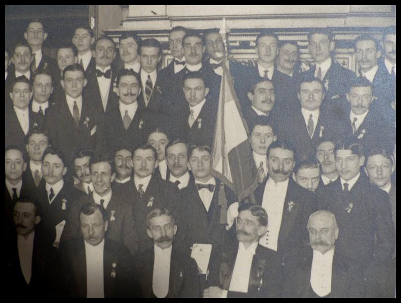 Photo londres 1913 les conscrits fran ais de londres for Chambre de commerce francaise londres